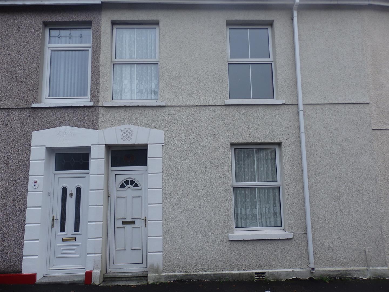 5 Pentrepoeth Road, Furnace, Llanelli, Carmarthenshire